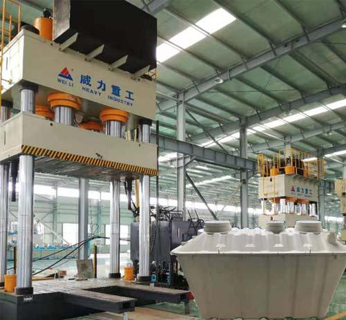 二八式玻璃钢化粪池模压成型液压机